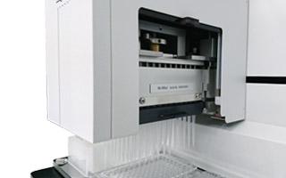 96/384ch同時分注装置に加え系列分注も可能